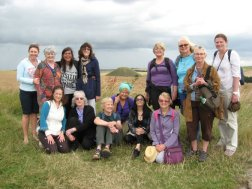 England-WestKennett-Silbury-Group-July2015.jpg (15405 bytes)