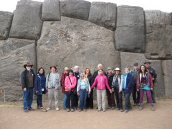 Peru-Ollantaytambo-Group-Aug2015.jpg (26351 bytes)